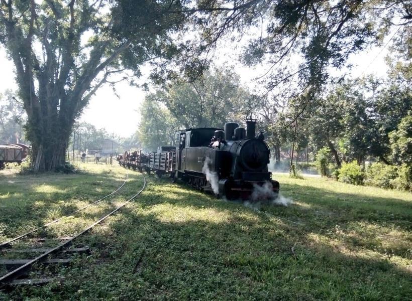Oomph Jelajah Blora Menggunakan Kereta Uap Tua Wisata Cepu Kab