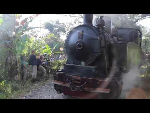 Unik Kereta Api Uap Jaman Belanda Berfungsi Blora Wisata Cepu