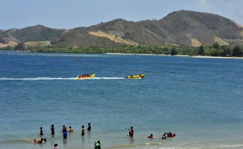 Menjelajah Eksotisme Pantai Bolihutuo Merahputih Kab Boalemo