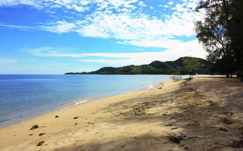 Pantai Bolihutuo Destinasi Wisata Terpopuler Gorontalo Okezone Https Img Okeinfo
