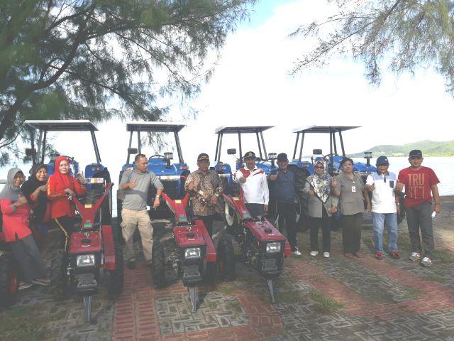 Kabupaten Boalemo Sentra Jagung Penyumbang Ekspor Pantai Mananggu Kab