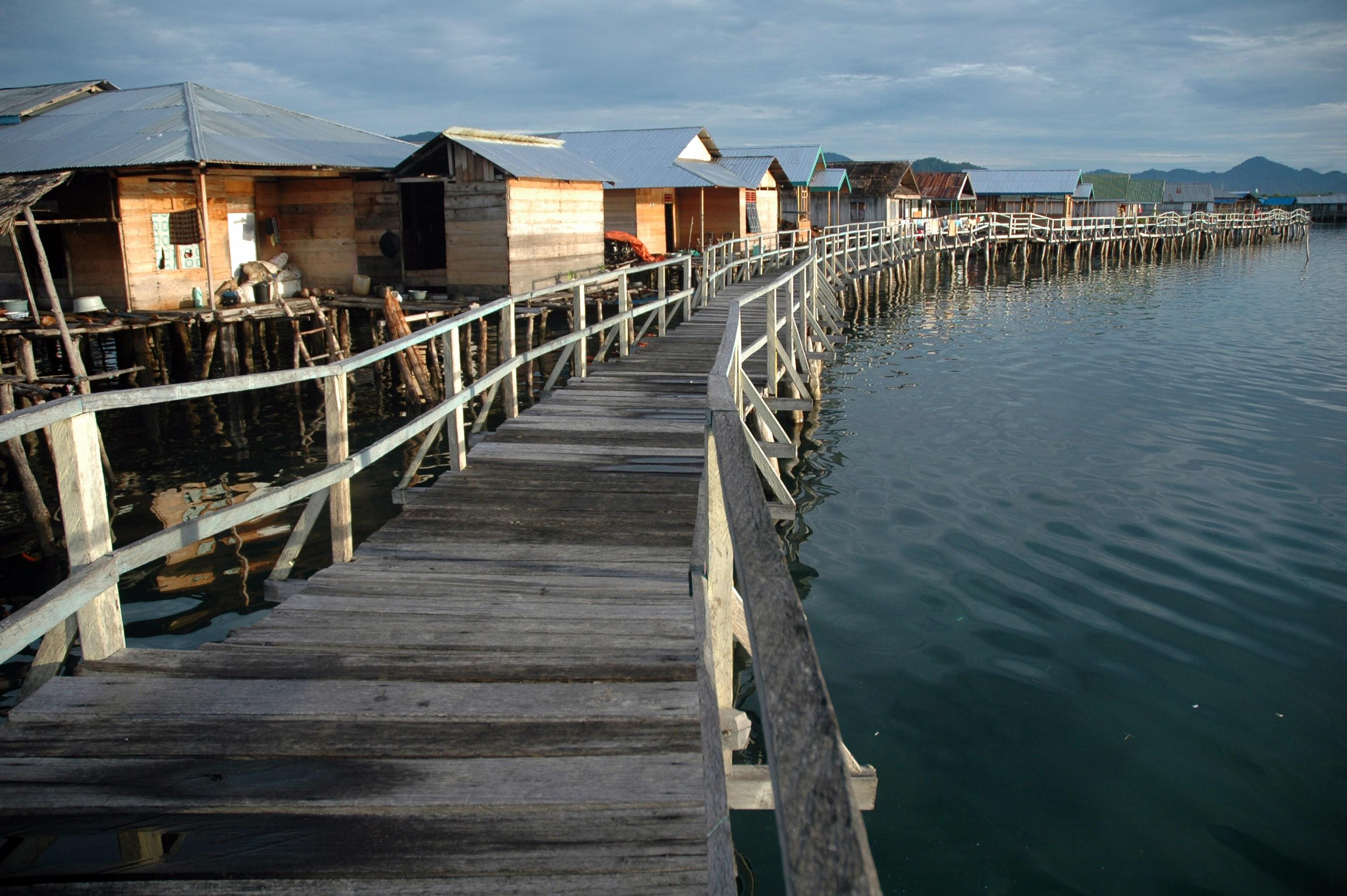 Kampung Laut Torosiaje Pesona Gorontalo Wisata Desa Suku Bajo Kab
