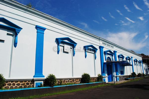 Museum Zoologi Galeribogor Net Bogor Zoology Kab
