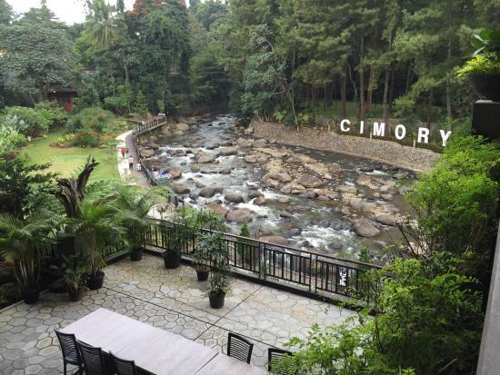 Deretan Lokasi Wisata Hits Bogor Kesini Cimory Riverside Kab