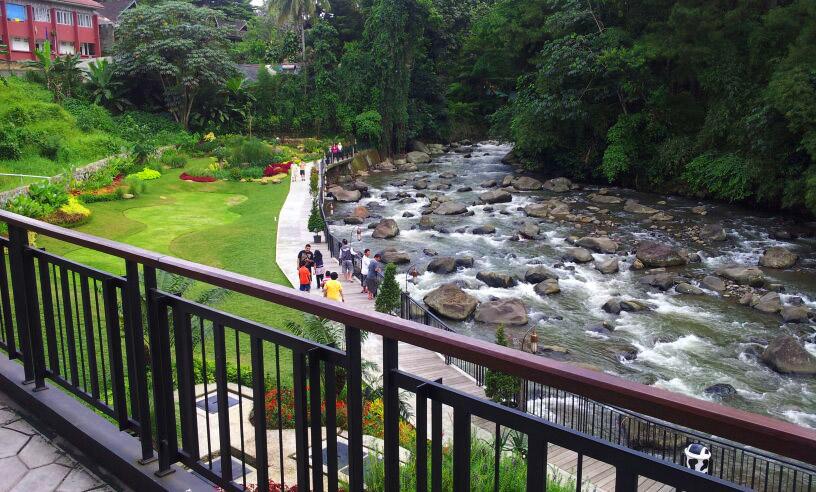 Restoran Keluarga Bernuansa Alam Bogor Blog Ivacanza Cimory Riverside Kab