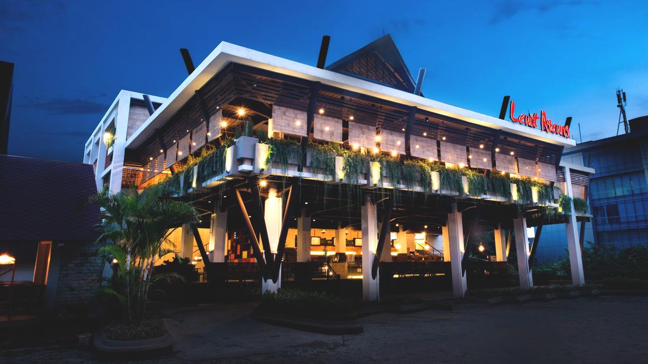 Wisata Seni Budaya Kabupaten Bogor Santap Sunda Leuit Ageung Cimory