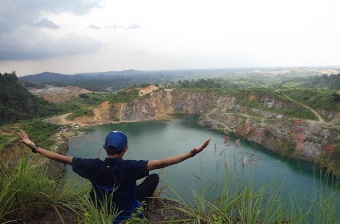 8 Tempat Wisata Bogor Wajib Dikunjungi Beritapetang Danau Quarry Dora