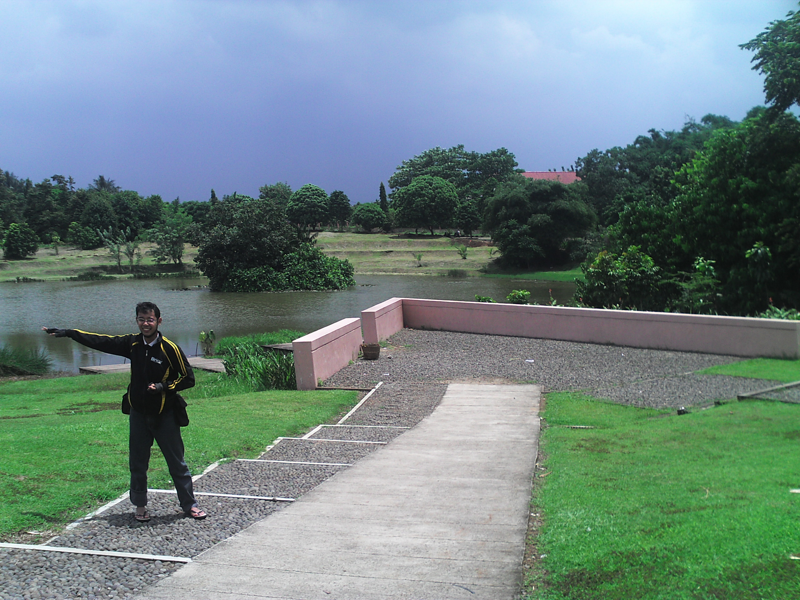 Eco Park Cibinong Science Centre Lebih Dekat Alam Keren Danau