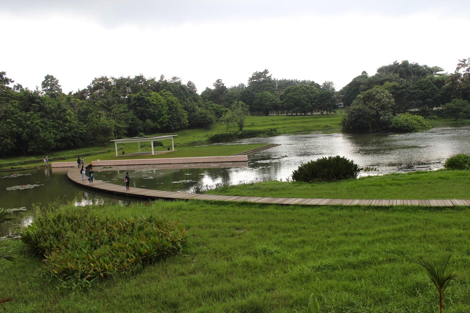 Zuhirna Wulan Dilla April 2015 Bab Ii Pembahasan Danau Dora