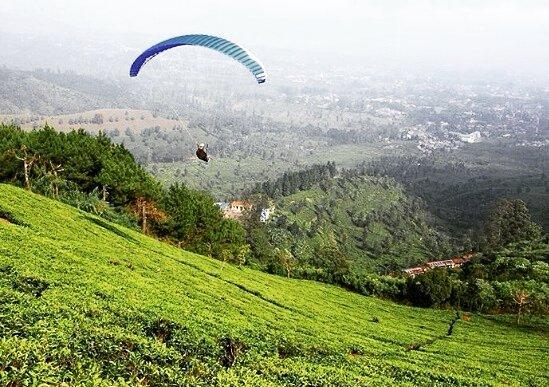 20 Tempat Wisata Bogor Keren Hits Dunia Dinamika Fly Paradigling