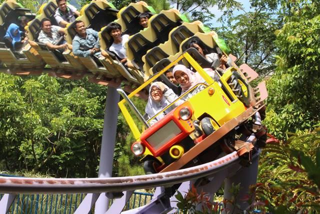 Jungleland Hutan Tertukar Lainnya Wahana Harvest Time Bogor Adventure Theme