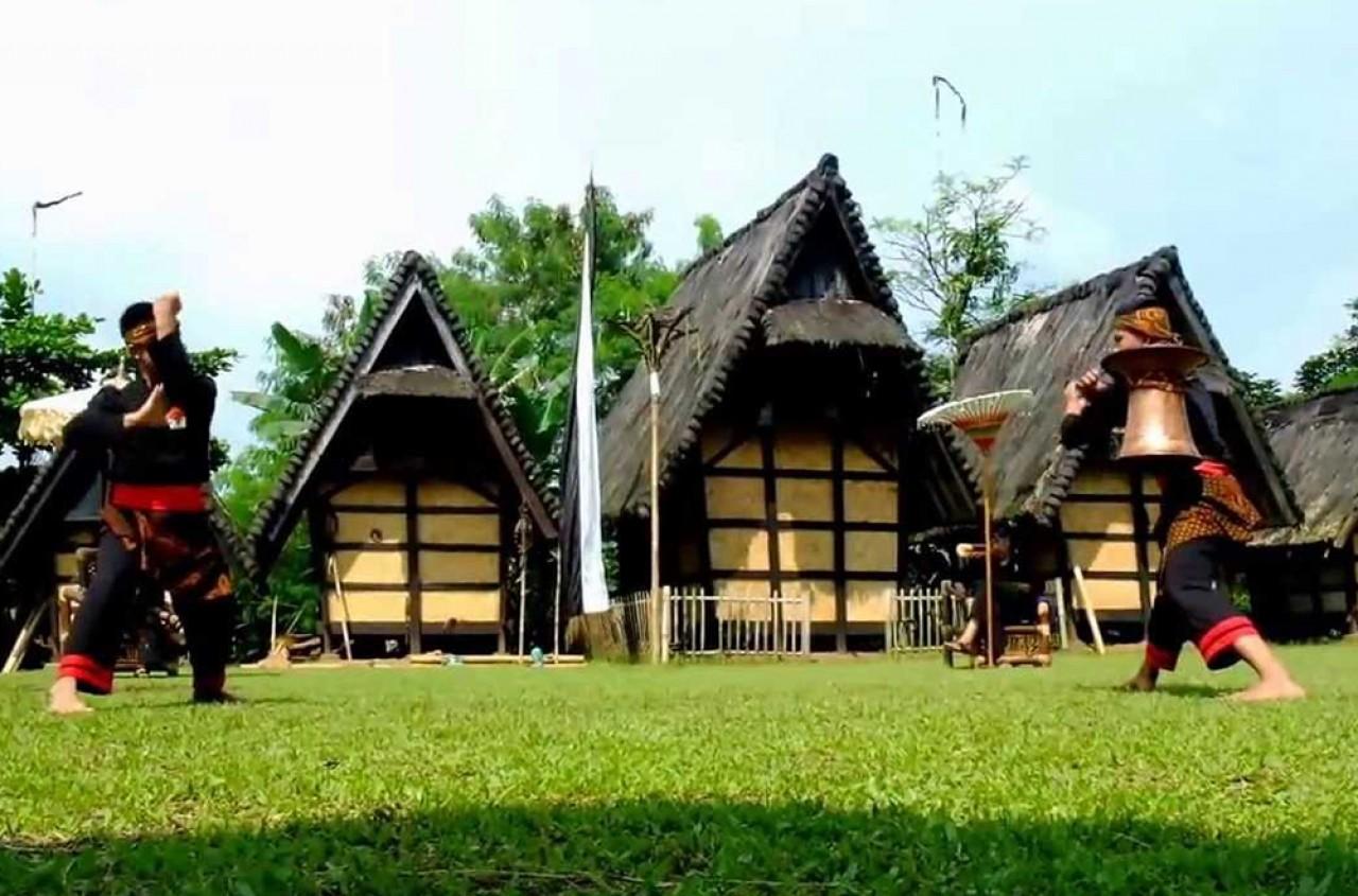 Belajar Sejarah Kampung Sindangbarang Bri Poin Budaya Kab Bogor