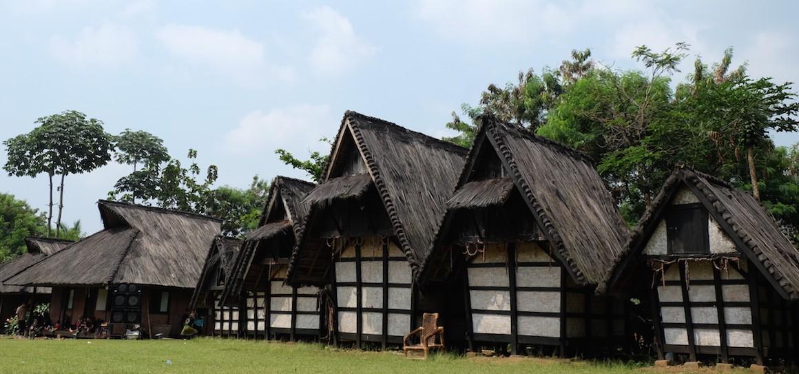 Bogor Menyambangi Kampung Budaya Sindangbarang Kab