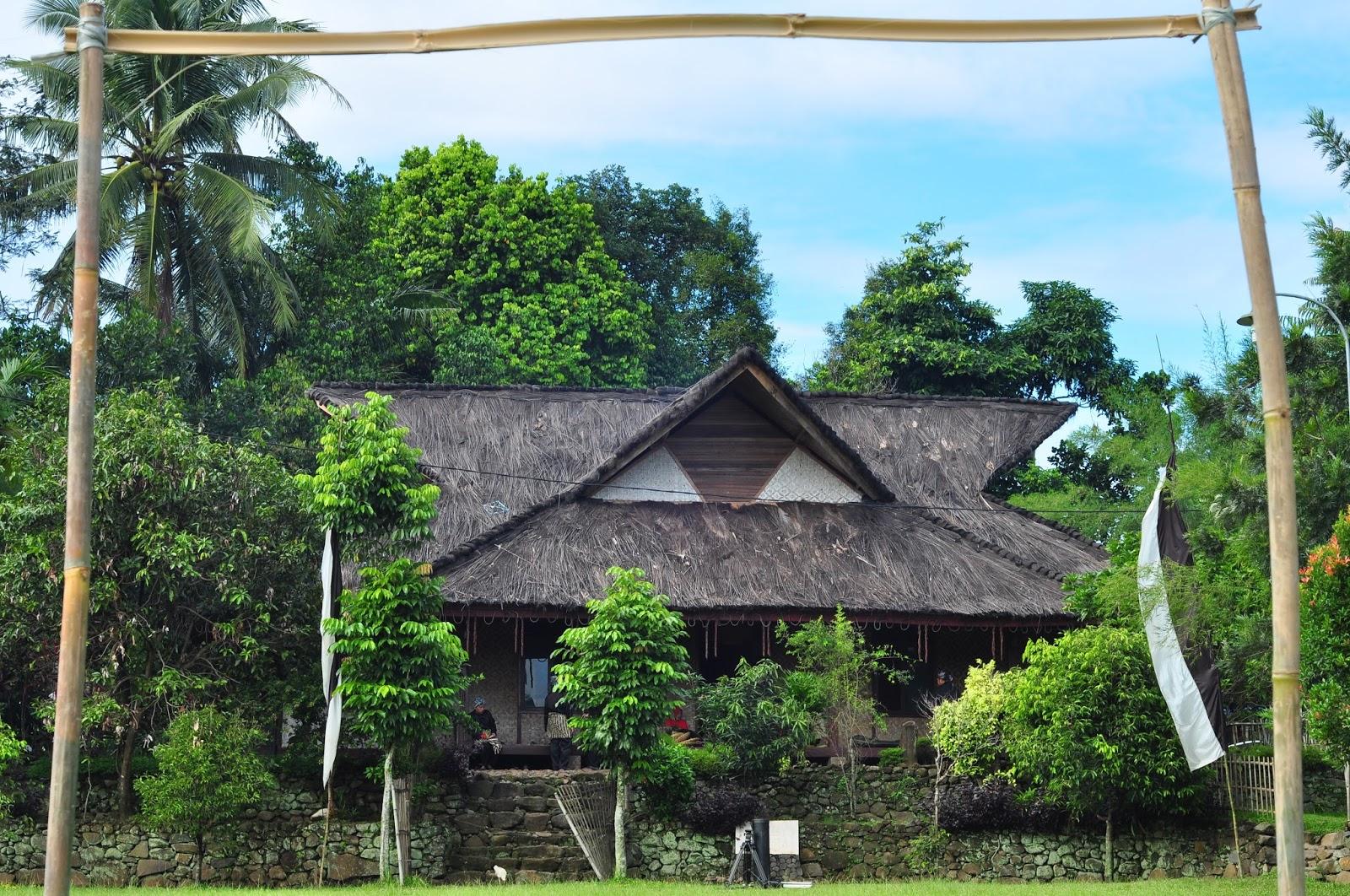 Kampung Adat Sindang Barang Dunia Kita Tertua Wilayah Kota Kab