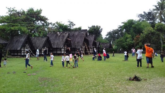Mengenal Kebudayaan Sunda Tempo Dulu Datangi Tempat Wisata Bogor Kampung