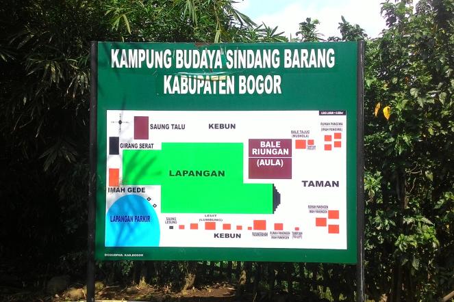 Mengunjungi Kampung Budaya Sindang Barang Fatahilaharis P 20160904 132402 01