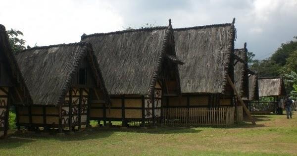 Menyusuri Jejak Sejarah Bogor Kampung Budaya Sindangbarang Travelopedia Indonesia Kab
