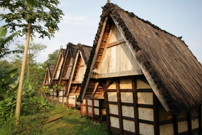 Rute Angkot Menuju Kampung Budaya Sindang Barang Engsite Sumber Foto