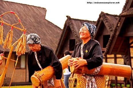 Wisata Alam Budaya Kampung Sindangbarang Bogor Kab