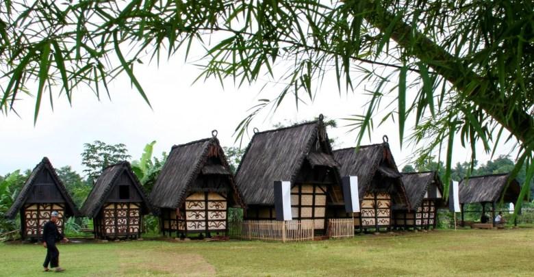 Wisata Kampung Budaya Sindangbarang Tertua Bogor Terletak Alamat Lokasi Lebih