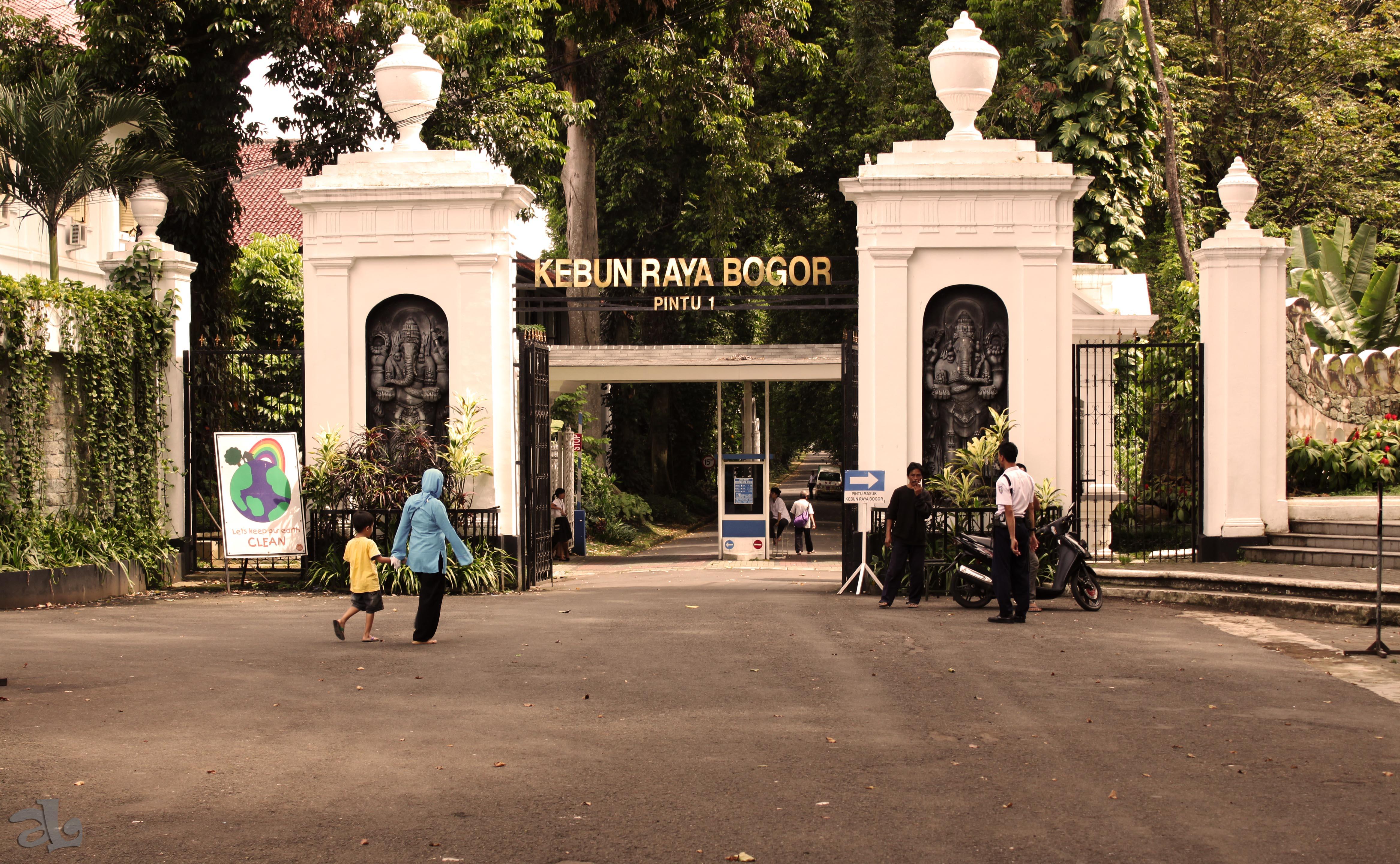 10 Hotel Murah Bogor Dekat Kebun Raya Aneka Kab