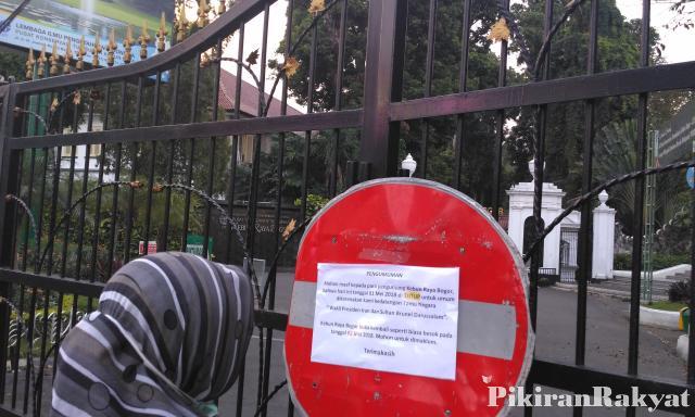 Kebun Raya Bogor Ditutup Pengunjung Kecewa Pikiran Rakyat Hilmi Abdul