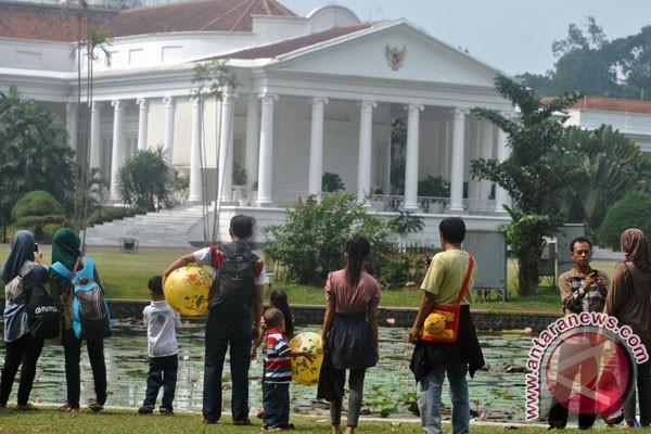 Kebun Raya Bogor Jadi Incaran Pengunjung Ramadhan Antara News Kab