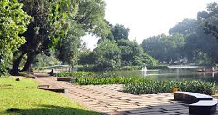 Mengundang Wisatawan Kebun Raya Bogor Melalui Tema Wisata Flora Kab