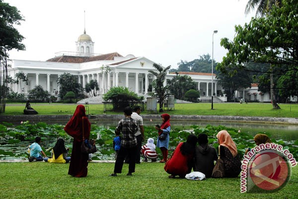 Pengunjung Kebun Raya Bogor 15 Ribu Sehari Selama Lebaran Ramadhan