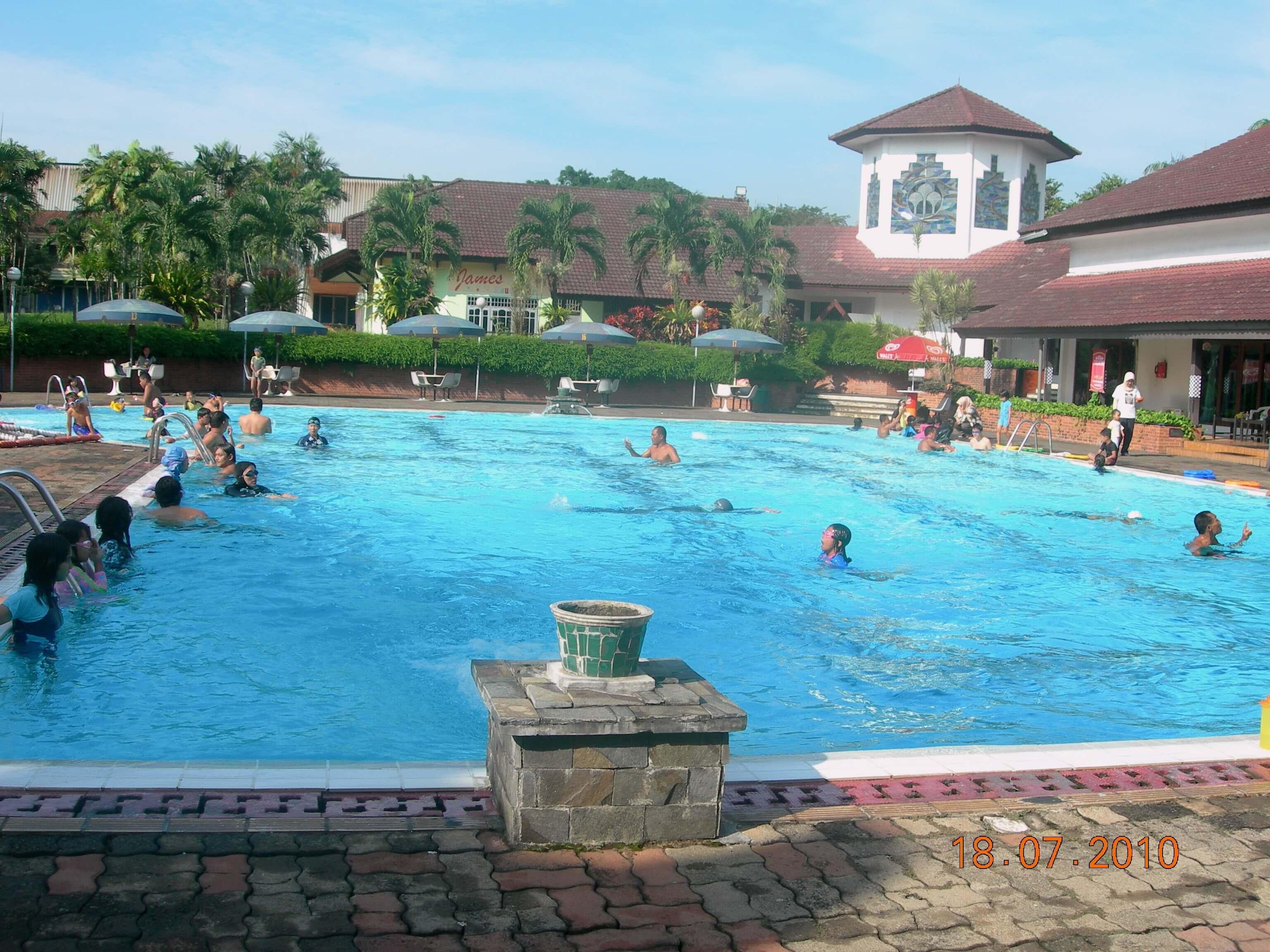 16 Kolam Renang Bogor Terkenal Villa Duta Zamzam Tirta Kab