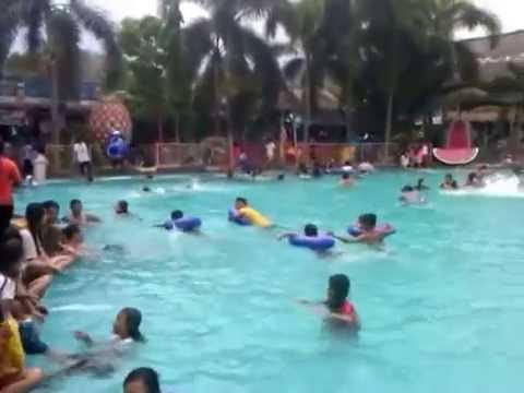 Suasana Minggu Kolam Renang Tirta Indah Youtube Zamzam Kab Bogor
