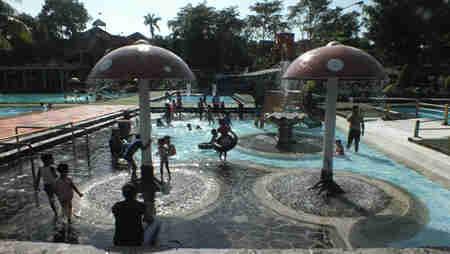 Zam Tirta Wisata Air Kaki Gunung Lovely Bogor Kolam Renang