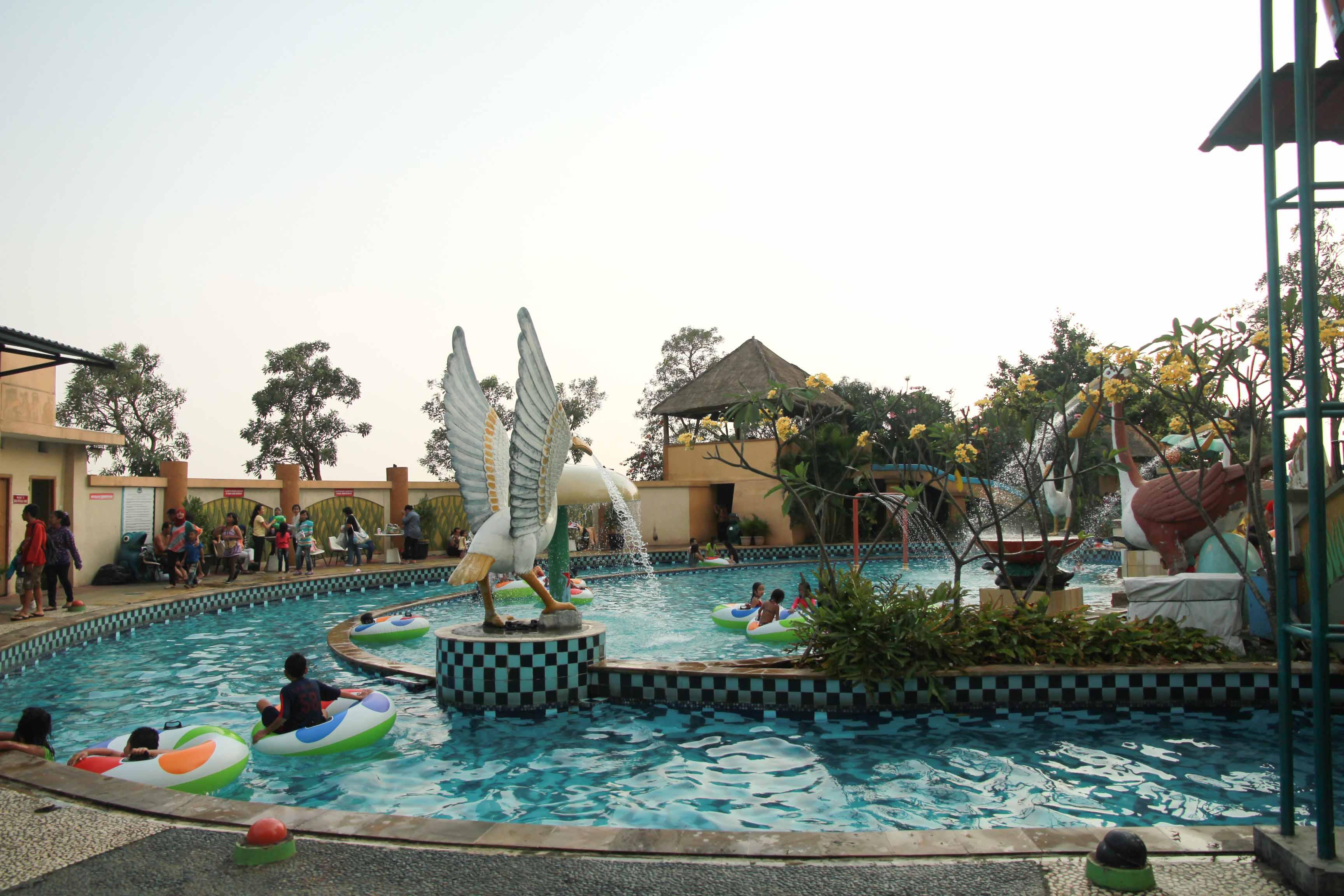 Marcopolo Adventure Serpong Water Park Pertama Atas Gedung Kab Bogor
