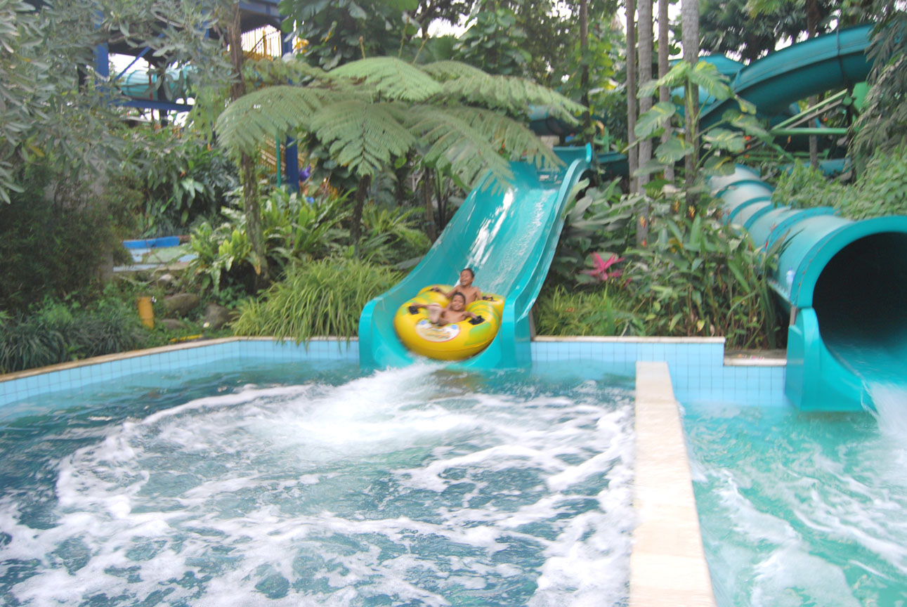 Wahanawisata March 2017 Jungle Water Park Bogor Destinasi Wisata Air