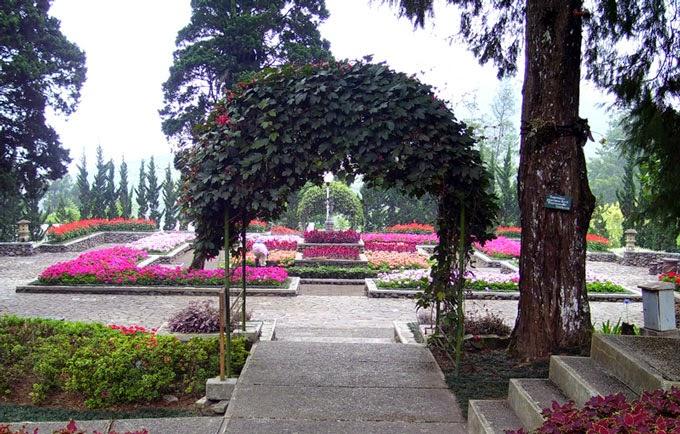 Indah Banget Tempat Wisata Cek Lokasinya Yu Beritacianjur Melrimba Garden