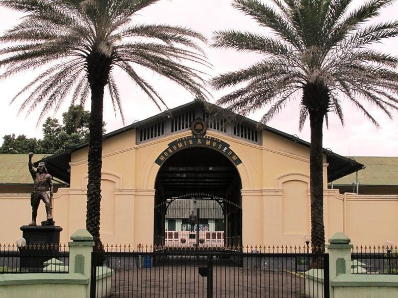 Bogor Punya 4 Museum Keren Peta Tampak Luar Afif Detiktravel