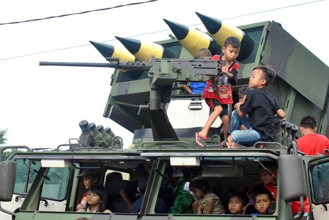 Kapuspen Unjuk Kekuatan Tni Sebagai Bentuk Pertanggungjawaban Jpp Sejumlah Anak