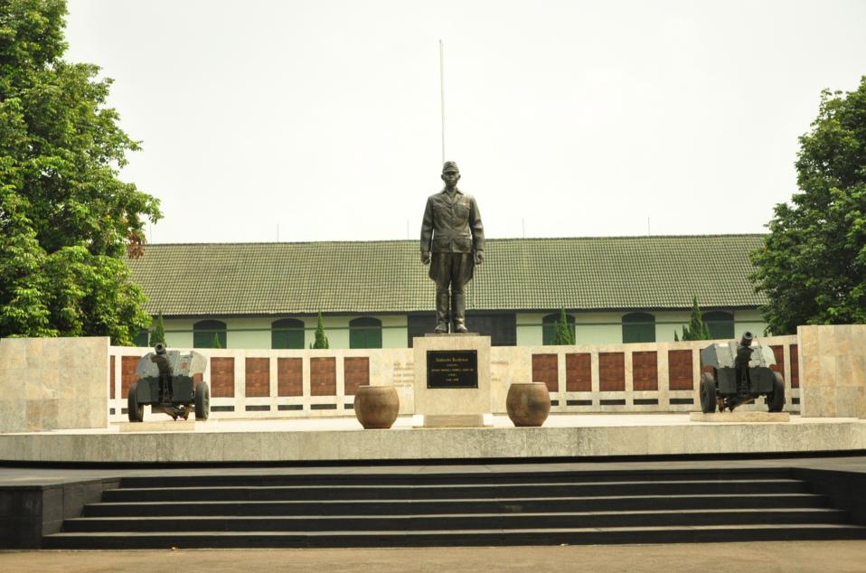 Wisata Bahari 10 Tempat Bogor Menarik Patut Museum Pembela Tanah