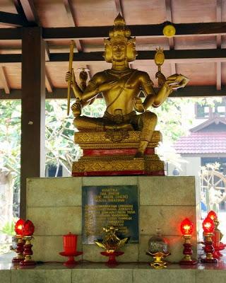 Buddha Tidur Terbesar Nomor 3 Mojokerto Patung Kab Bogor