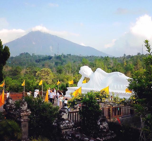 Megahnya Patung Budha Tidur Tabanan Bali Buddha Kab Bogor