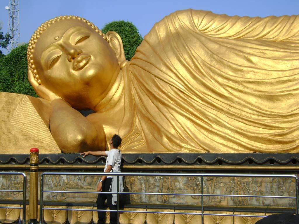 Museum Photokoe Jakarta Patung Buddha Tidur Kab Bogor