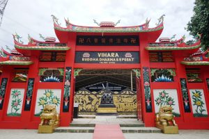 Patung Buddha Tidur Bogor Dicari Wisatawan Gerbang Vihara Dharma 8