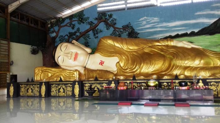 Patung Buddha Tidur Bogor Foto Fotonya Halaman Tribunnewsbogor Lingga Arvian