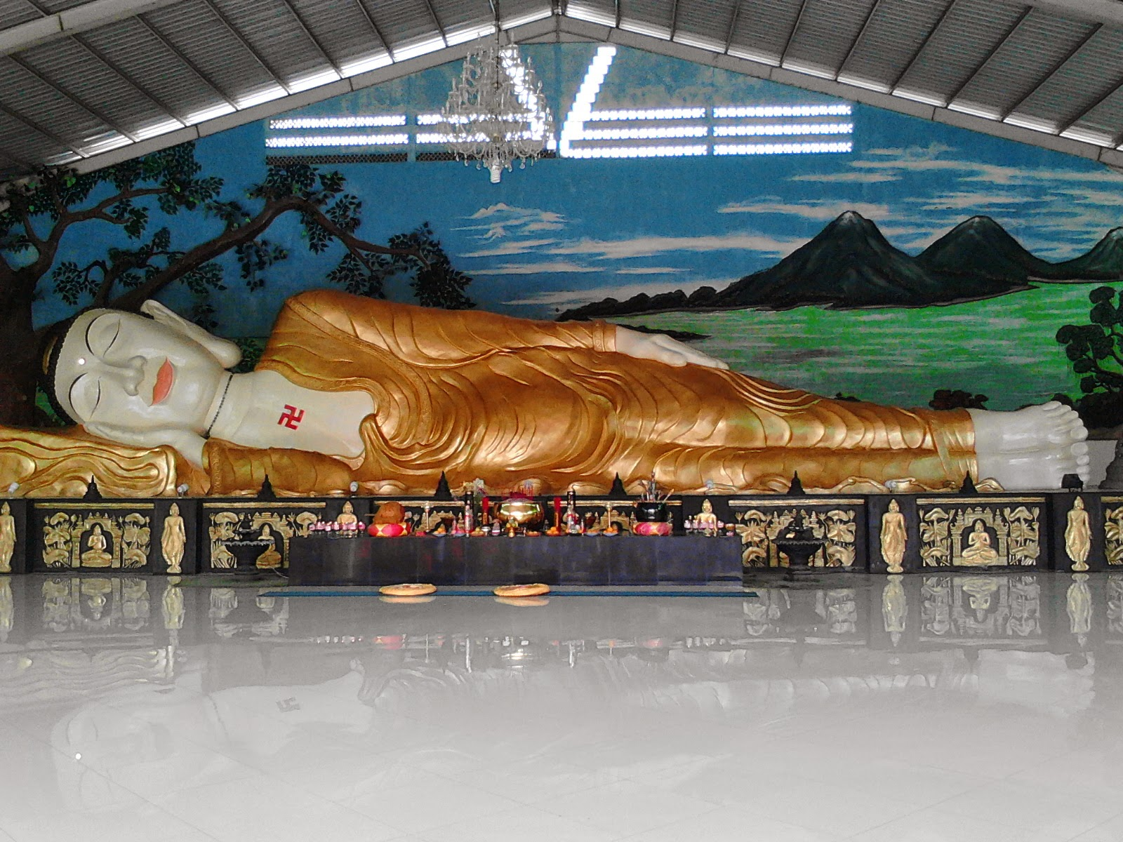 Patung Buddha Tidur Raksasa Bogor Sleeping Kita Menggunakan Kendaraan Arah