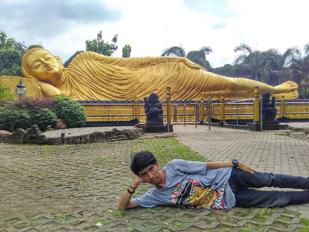 Patung Budha Tidur Mojokerto Tempat Wisata Pulau Jawa Buddha Kab