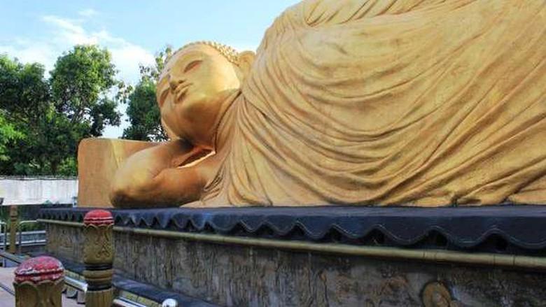 Tak Usah Thailand Indonesia Punya 5 Patung Buddha Tidur Foto
