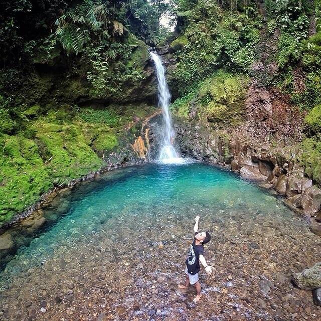 37 Tempat Wisata Bogor Hits Ngadem Curug Gentong Pas Buat
