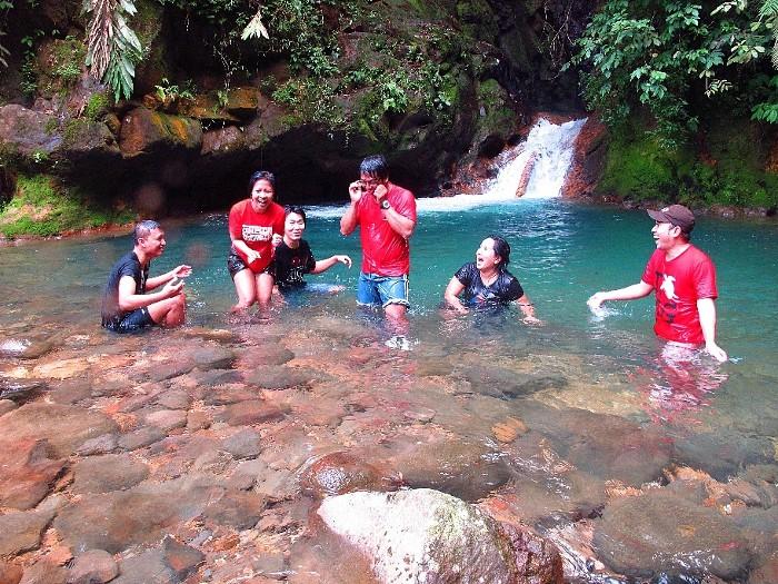 22 Tempat Wisata Terbaik Bogor Yuk Piknik Curug Panjang Petualangan