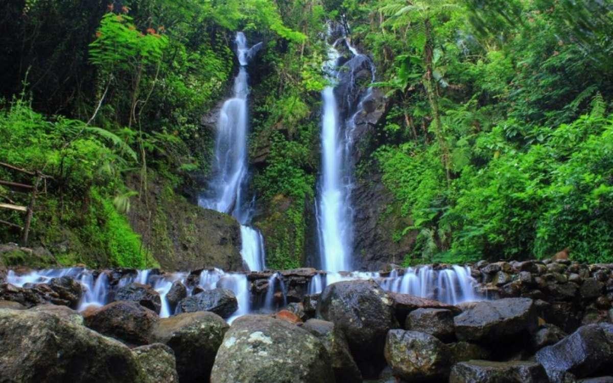 5 Air Terjun Bogor Wajib Kamu Kunjungi Jadiberita Curug Cilember