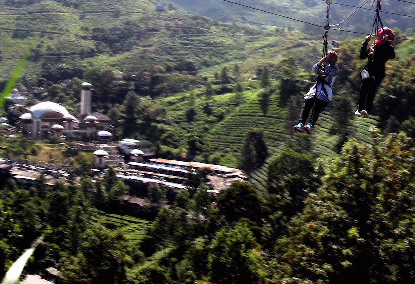 Bosan Puncak Berlibur Kawasan Timur Bogor Travel Id Sejumlah Wisatawan